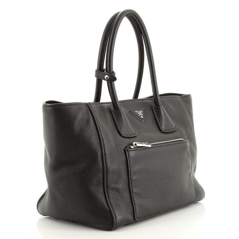 Prada Front Pocket Wing Convertible Tote Vitello Phenix In Good Condition For Sale In New York, NY