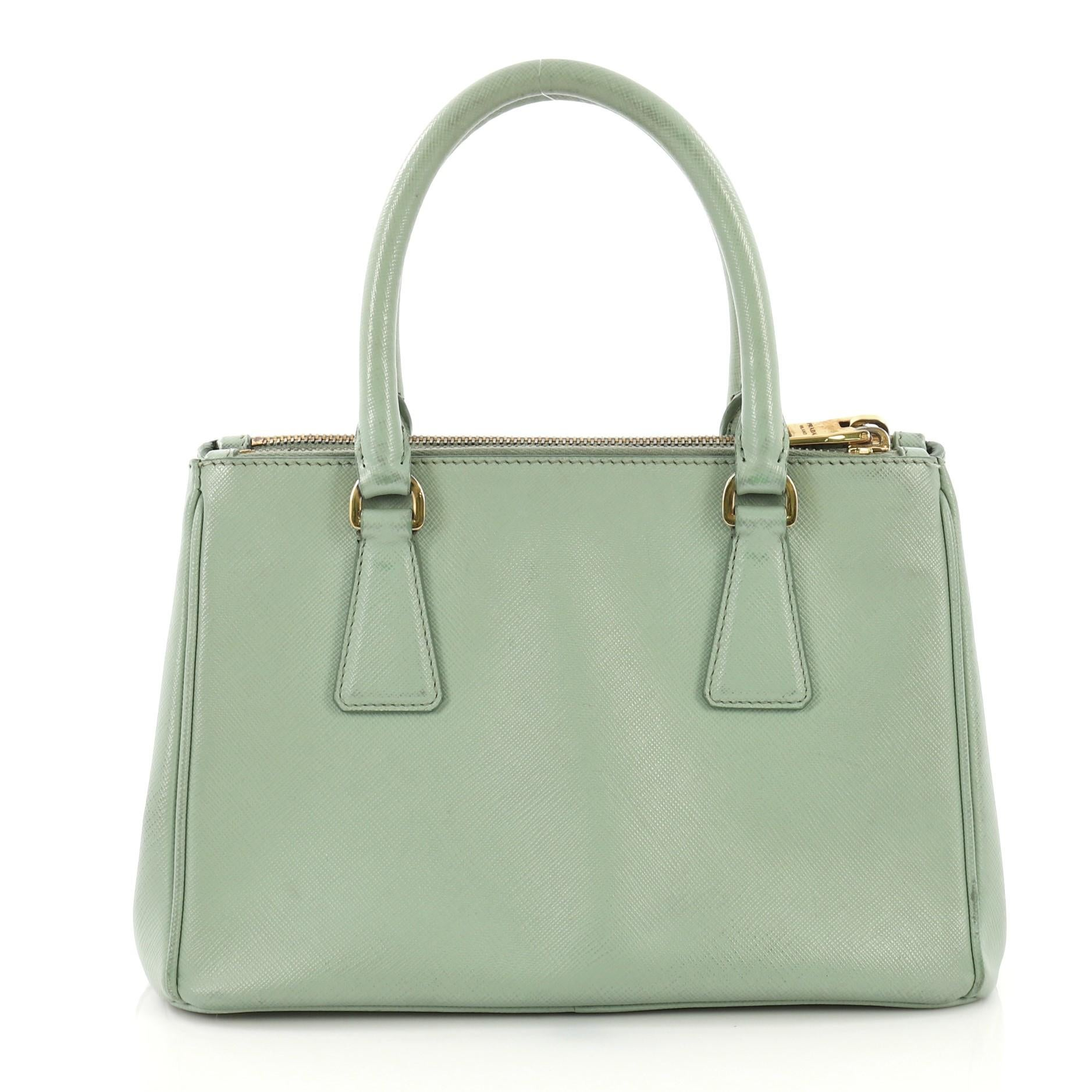 d0ebc29cd910 Prada Galleria Double Zip Tote Saffiano Leather Small For Sale at 1stdibs