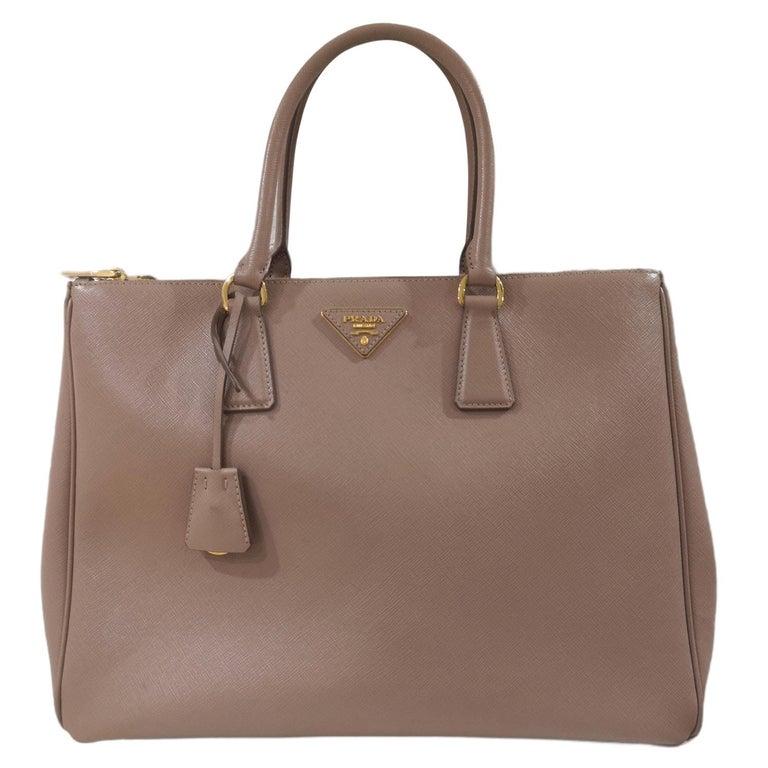 Prada Galleria Leather shoulder handle bag For Sale