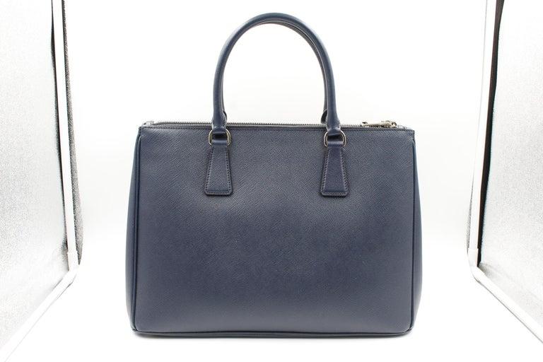 Black Prada Galleria Saffiano Leather Bag 1BA274 Navy Blue For Sale
