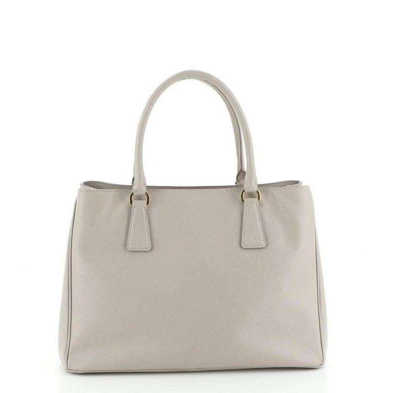 Prada Gardener's Tote Saffiano Leather Medium In Good Condition For Sale In New York, NY