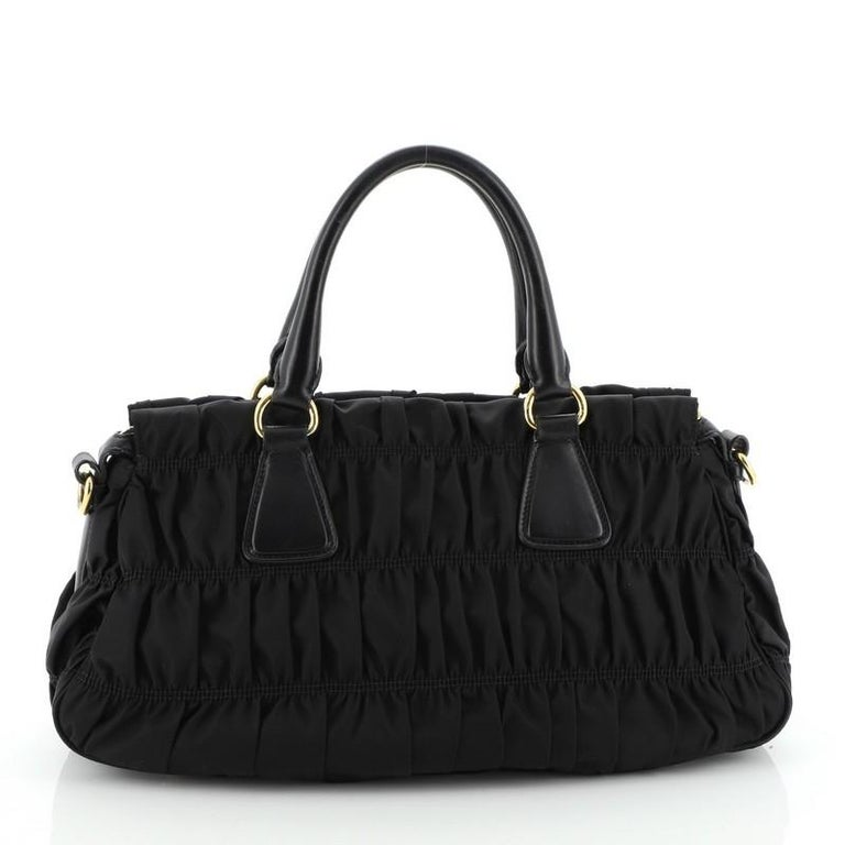 Prada Gaufre Convertible Tote Tessuto Medium In Good Condition For Sale In New York, NY