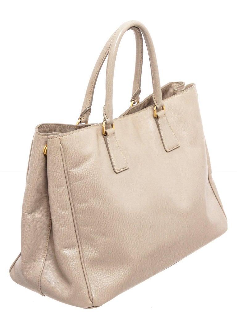 Prada Gray Saffiano Leather Tote Bag For Sale 2