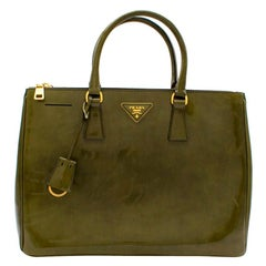 Prada Green Leather Galleria Top-handle Bag