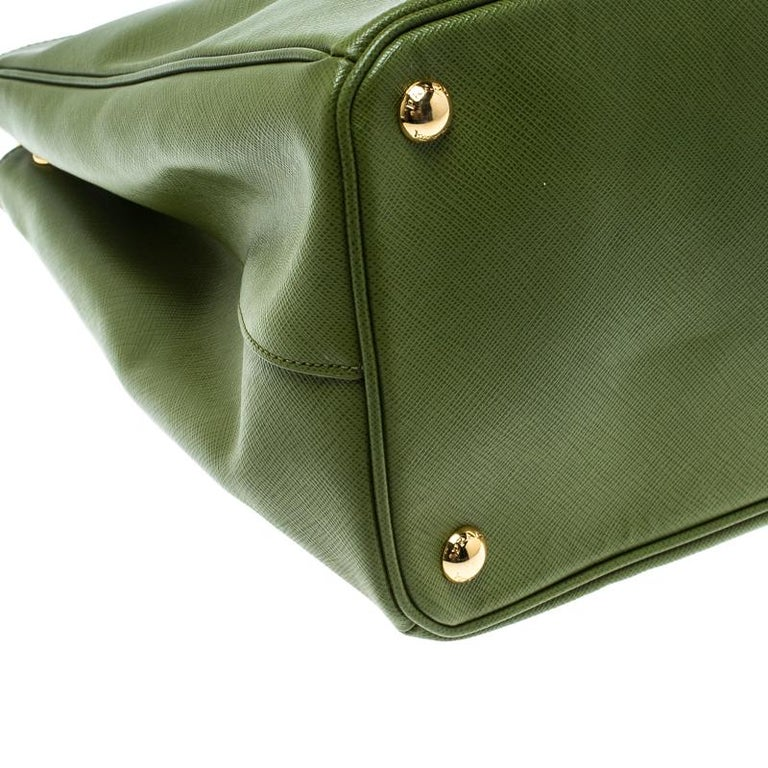 Prada Green Saffiano Lux Leather Large Double Zip Tote For Sale 5