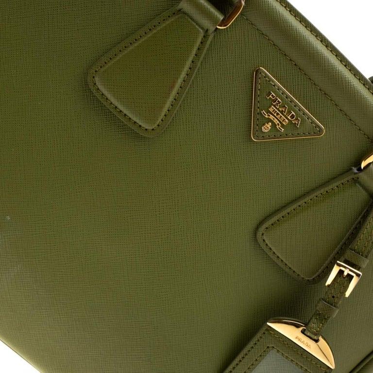 Prada Green Saffiano Lux Leather Parabole Tote For Sale 2