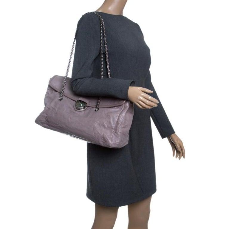 Prada Grey Leather Push Lock Satchel In Good Condition For Sale In Dubai, Al Qouz 2