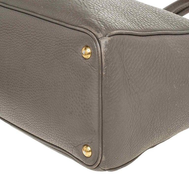 Prada Grey Leather Vitello Daino Tote For Sale 4