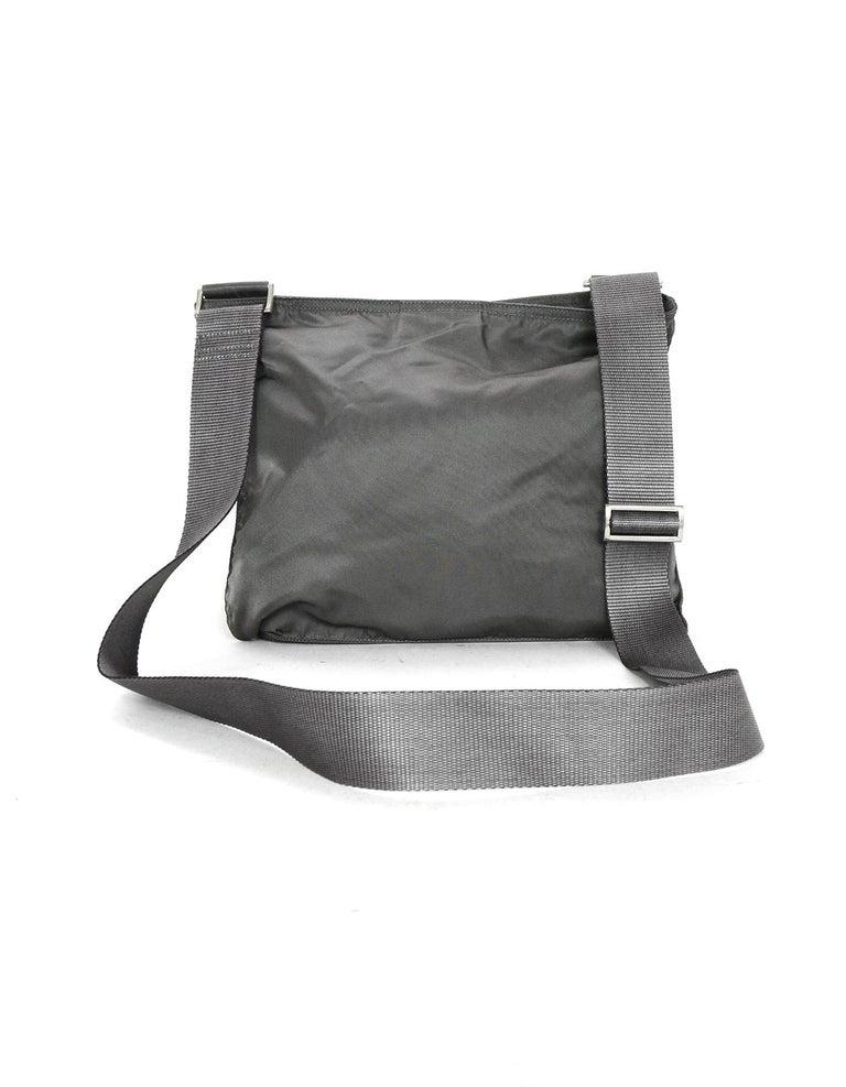 26ec07e90d07 Prada Grey Nylon Zip Top Flat Messenger Crossbody Bag In Excellent  Condition For Sale In New