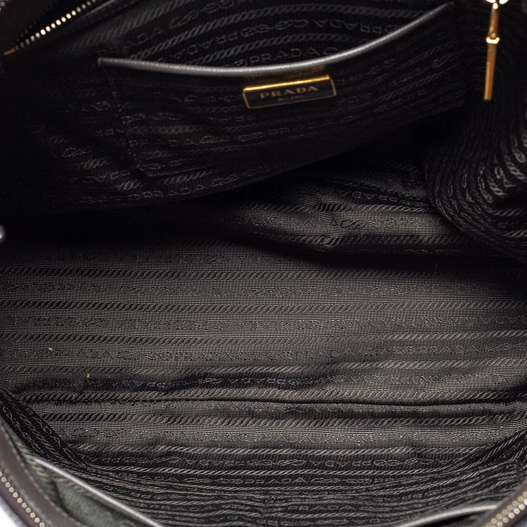 Prada Grey Saffiano Lux Leather Large Double Zip Tote For Sale 5