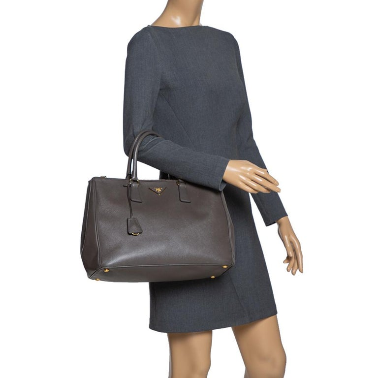Black Prada Grey Saffiano Lux Leather Large Double Zip Tote For Sale