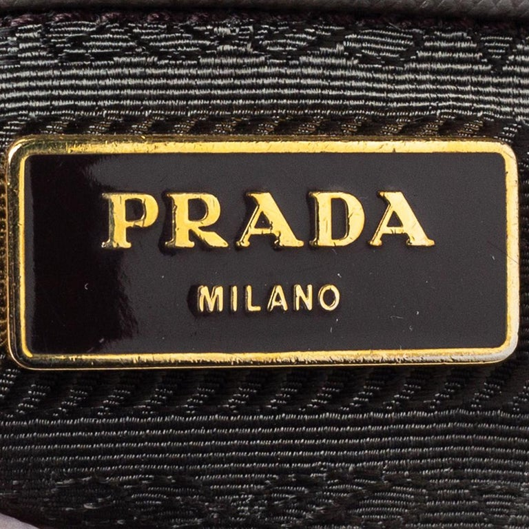 Prada Grey Saffiano Lux Leather Large Double Zip Tote For Sale 4