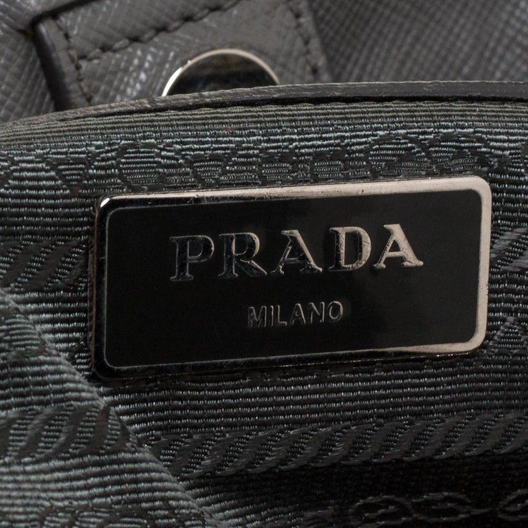 Prada Grey Saffiano Lux Leather Medium Double Zip Tote For Sale 5