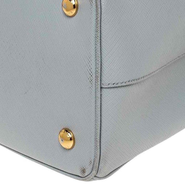 Prada Grey Saffiano Lux Leather Medium Galleria Tote For Sale 4