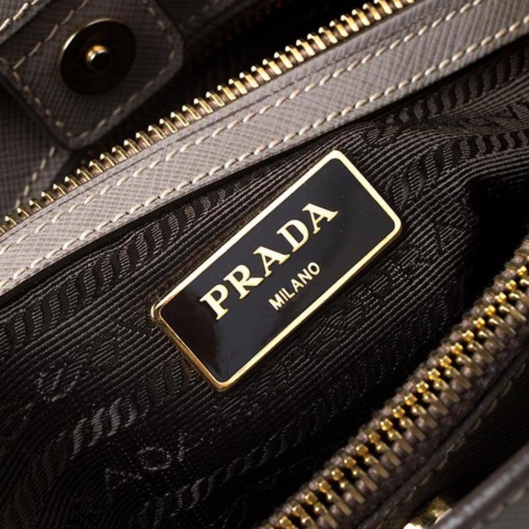 Prada Grey Saffiano Lux Leather Medium Tote For Sale 3