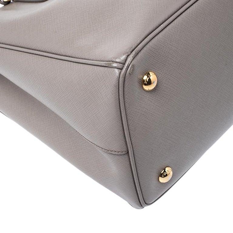 Prada Grey Saffiano Lux Leather Medium Tote For Sale 4