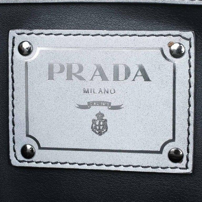 Prada Grey Spazzolato Leather Shopping Tote For Sale 3