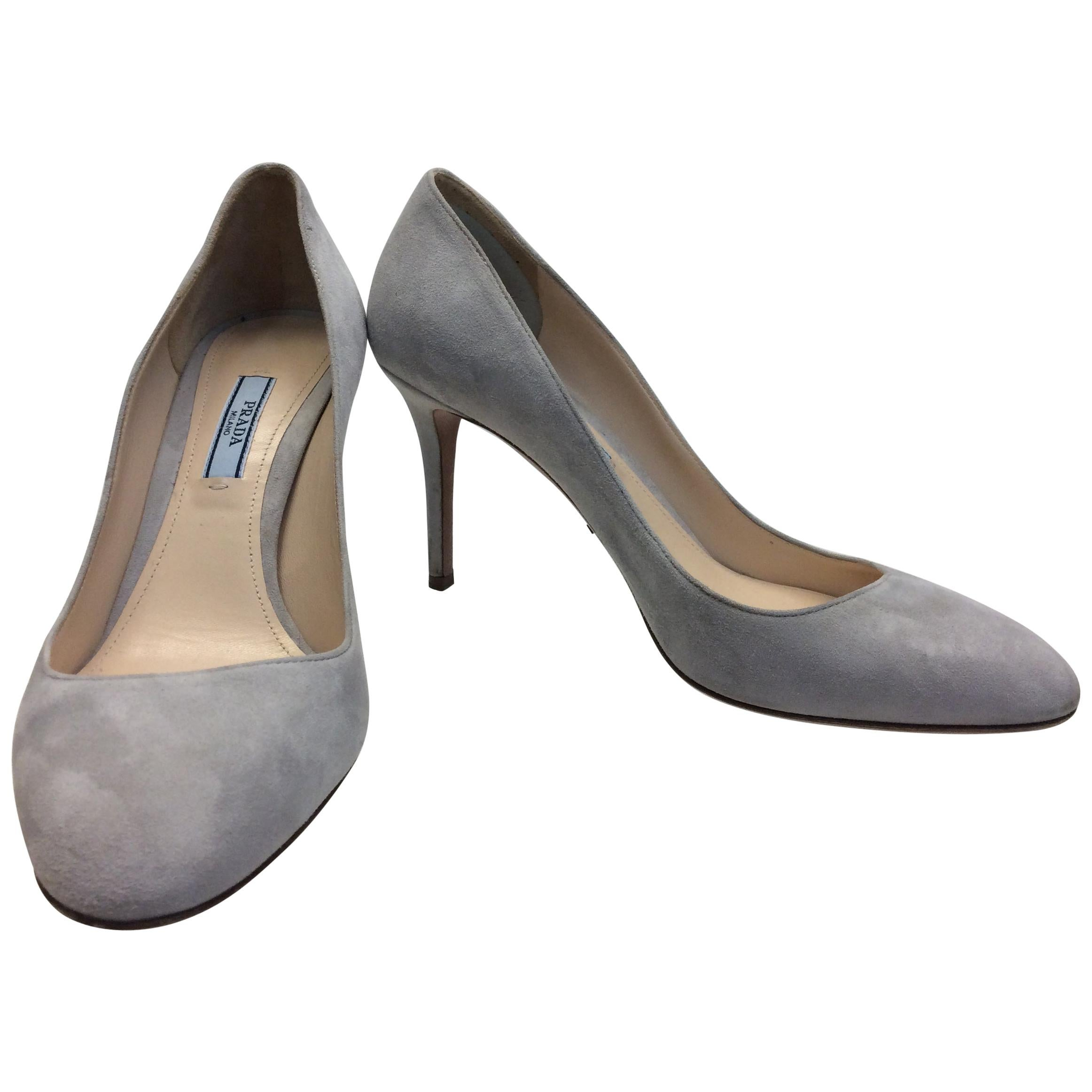6b0c5d1937725 Prada Grey Suede Sneakers For Sale at 1stdibs