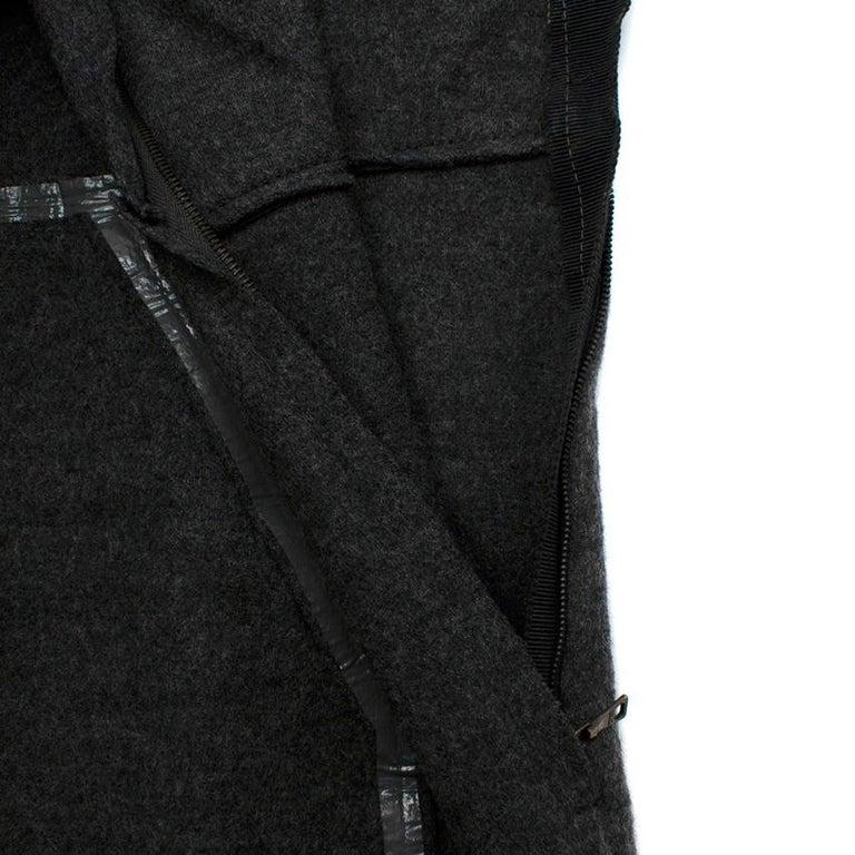 Women's or Men's Prada Grey Wool Tailored Dress & Jacket - Size US 6 For Sale