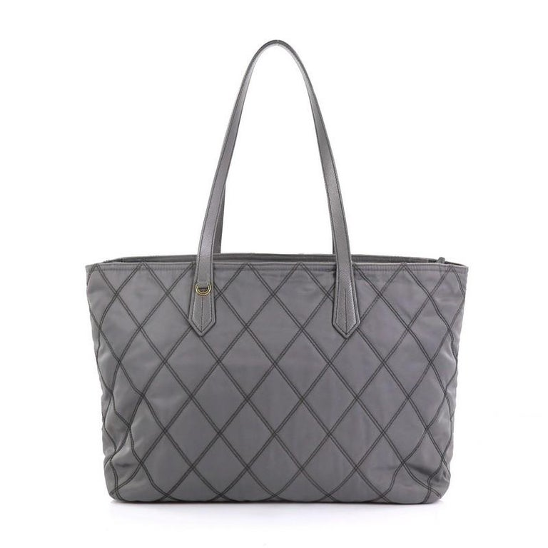 Women's Prada Impunto Zip Tote Quilted Tessuto Large For Sale