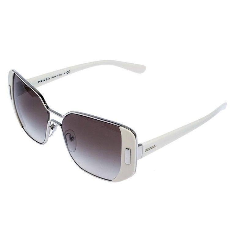 Prada Ivory/Black Gradient SPR 59S Square Sunglasses In New Condition For Sale In Dubai, Al Qouz 2