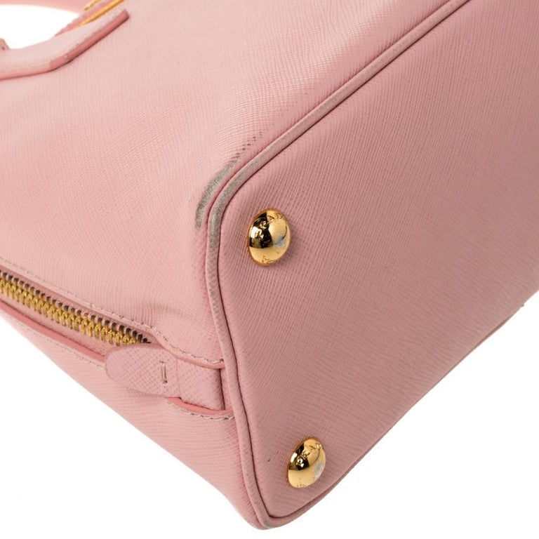 Prada Light Pink Saffiano Leather Small Promenade Satchel For Sale 6