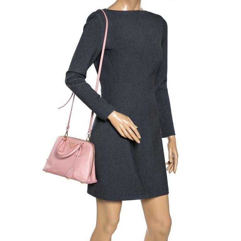 Prada Light Pink Saffiano Leather Small Promenade Satchel In Good Condition For Sale In Dubai, Al Qouz 2