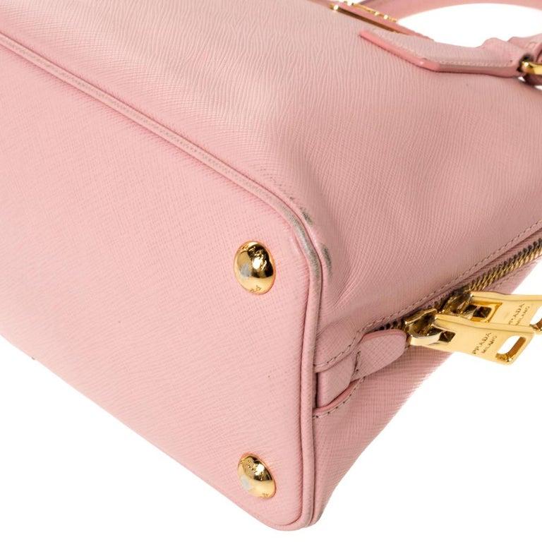 Prada Light Pink Saffiano Leather Small Promenade Satchel For Sale 2