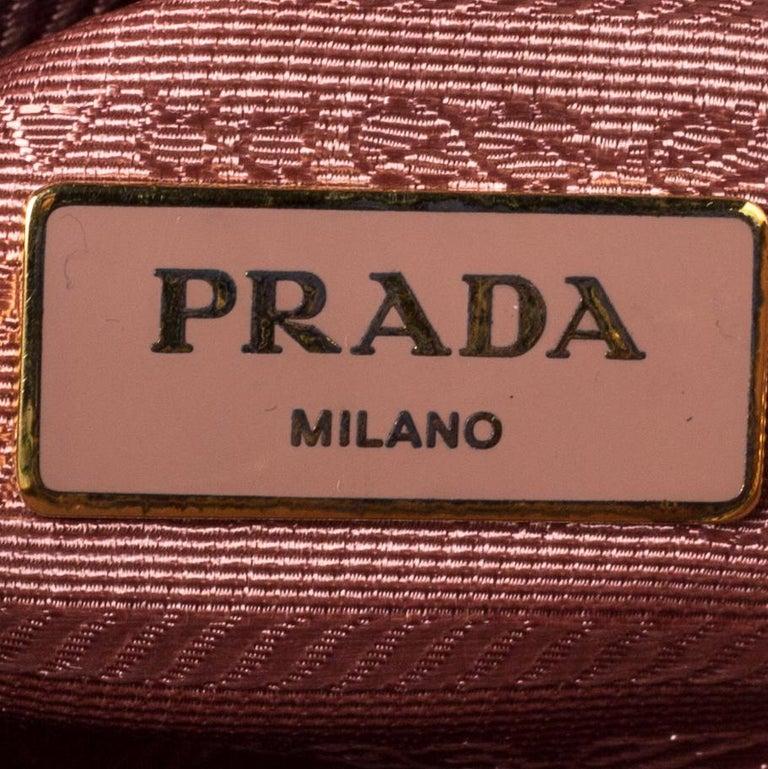 Prada Light Pink Saffiano Leather Small Promenade Satchel For Sale 3