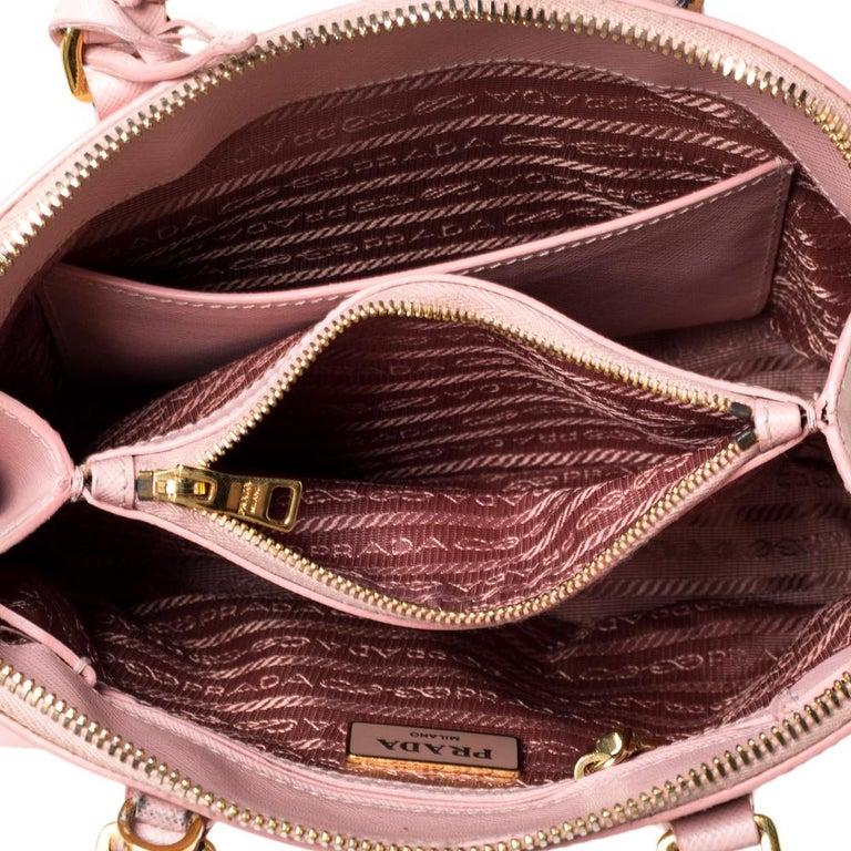 Prada Light Pink Saffiano Leather Small Promenade Satchel For Sale 5