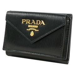 PRADA logo compact wallet unisex Tri-fold wallet 1MH021 NERO( black) x gold hard