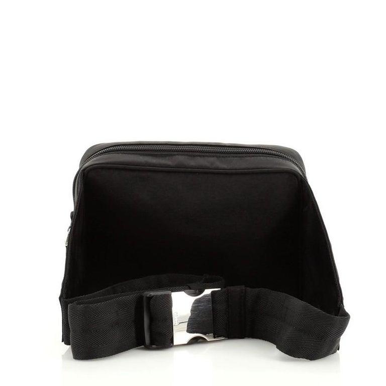 Women's or Men's Prada Montagna Belt Bag Tessuto Small For Sale
