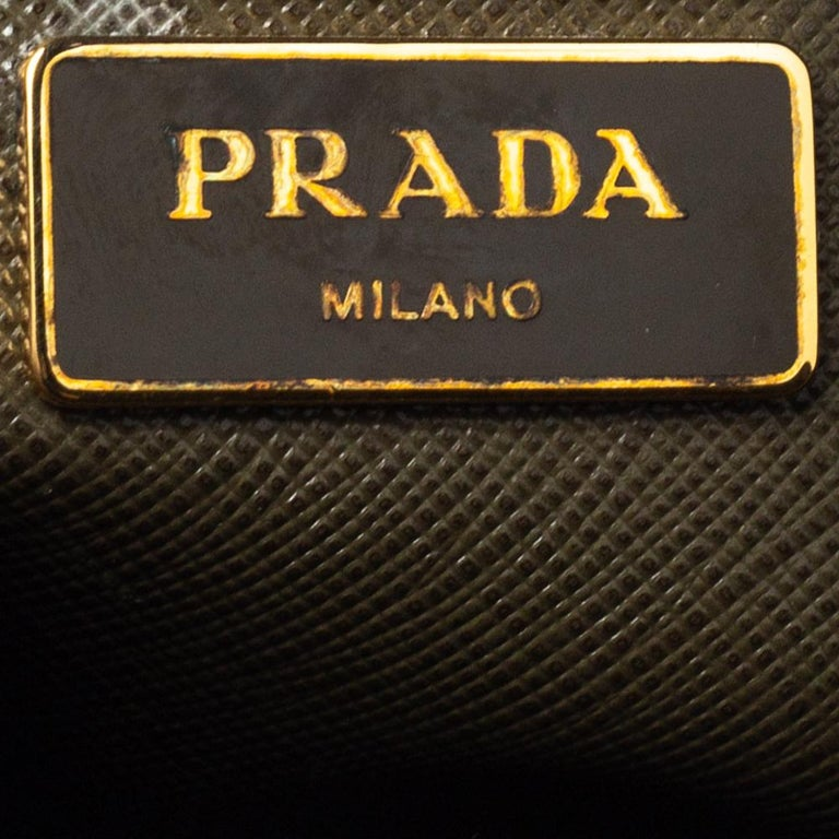 Prada Moose Green Saffiano Leather Dome Satchel For Sale 3