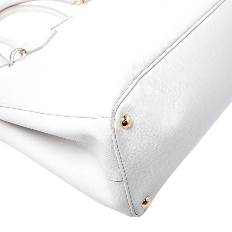 Prada Off White Saffiano Lux Leather Large Double Zip Tote For Sale 3