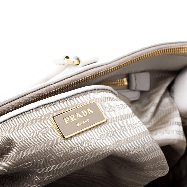 Prada Off White Saffiano Lux Leather Large Double Zip Tote For Sale 5