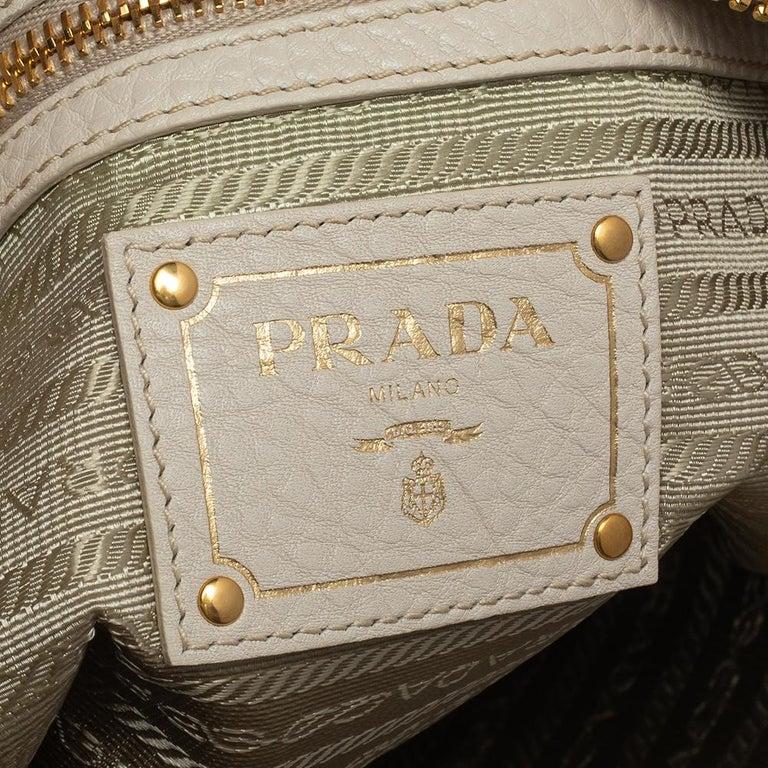 Prada Off White Vitello Daino Leather Zip Hobo For Sale 2