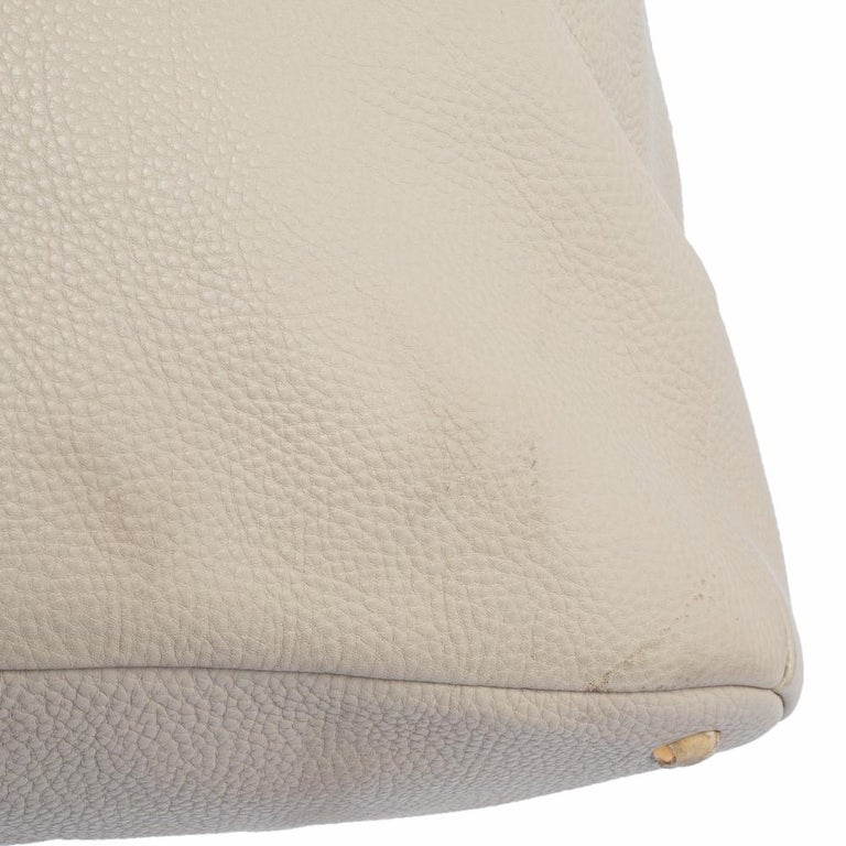 Prada Off White Vitello Daino Leather Zip Hobo For Sale 4