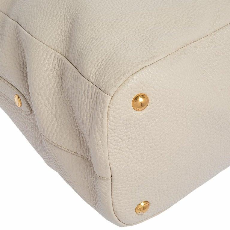 Prada Off White Vitello Daino Leather Zip Hobo For Sale 5