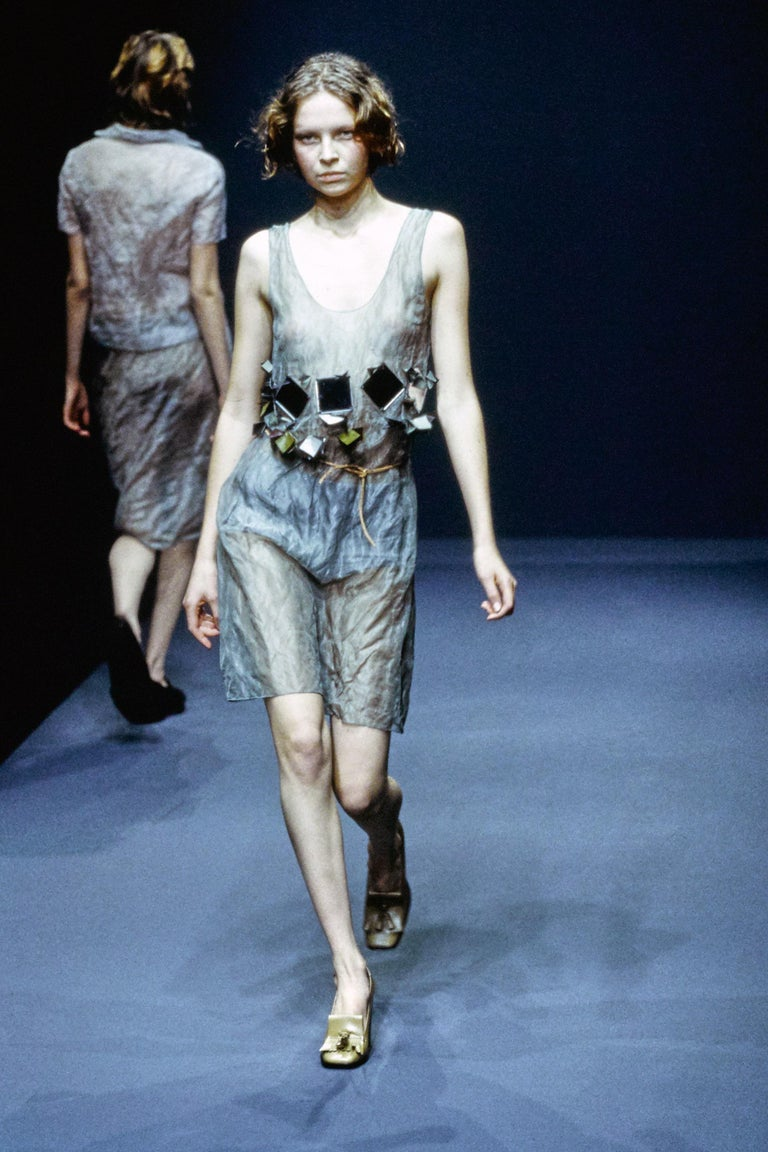 Prada olive crinkled silk organza and leather vest and skirt set, ss 1999 For Sale 2