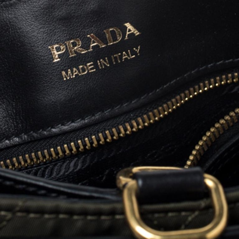Prada Olive Green/Black Nylon and Leather Passaminiere Hunting Shoulder Bag For Sale 2