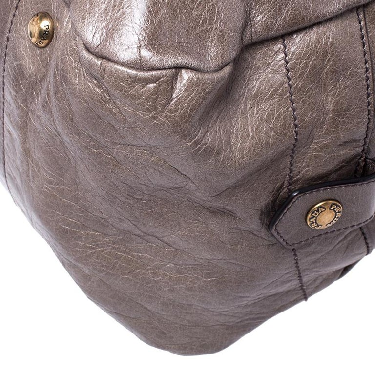 Women's Prada Olive Green Leather Front Zip Boston Bag For Sale