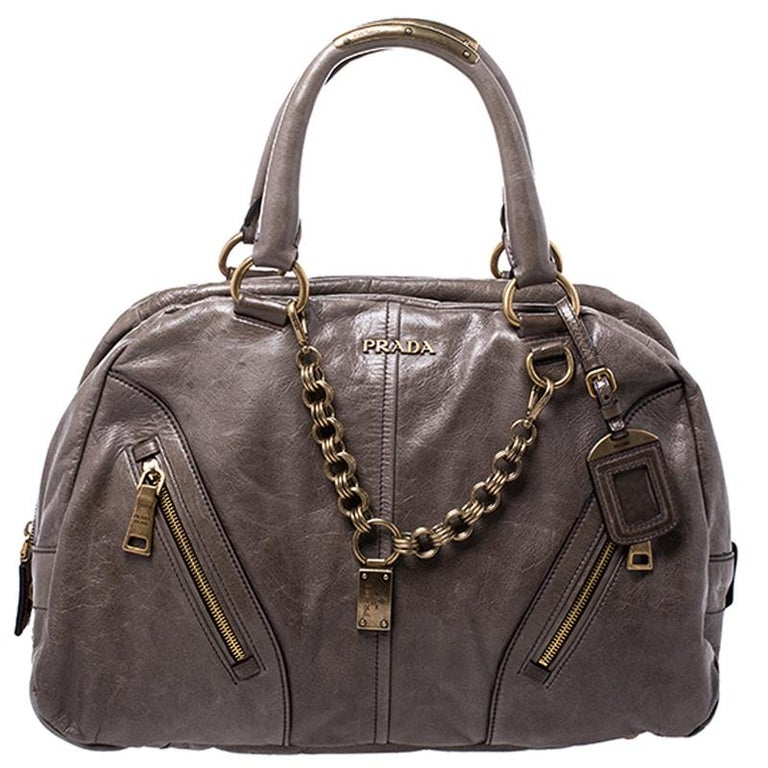 Prada Olive Green Leather Front Zip Boston Bag For Sale 4