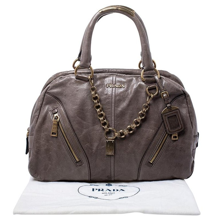 Prada Olive Green Leather Front Zip Boston Bag For Sale 5