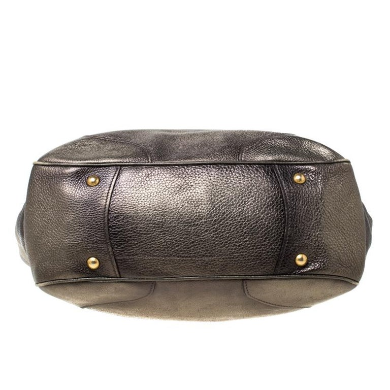 Prada Olive Green Metallic Vitello Daino Leather Hobo For Sale 6