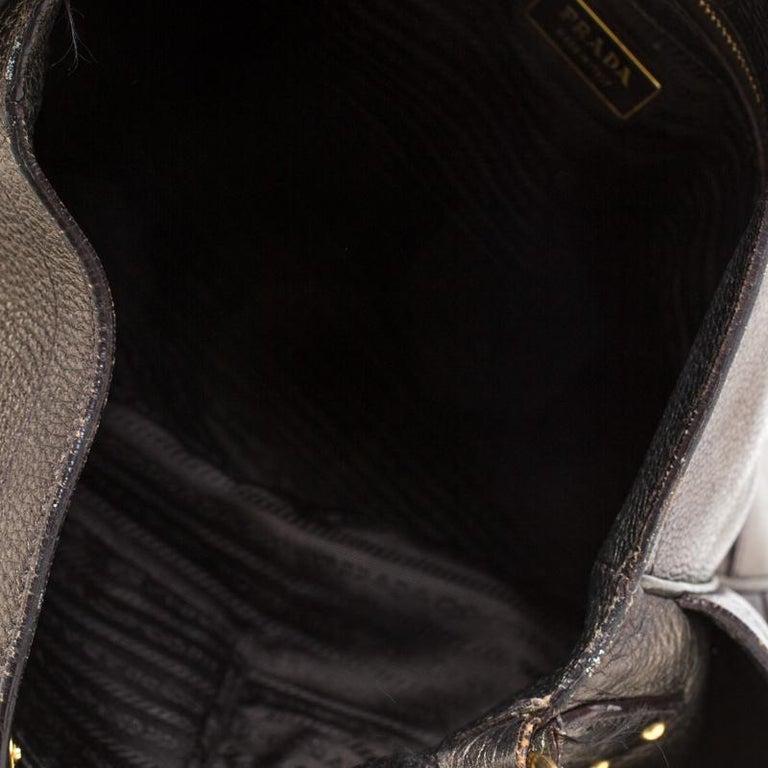 Prada Olive Green Metallic Vitello Daino Leather Hobo For Sale 7
