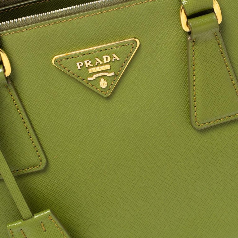 Prada Olive Green Saffiano Lux Leather Small Double Zip Tote For Sale 5