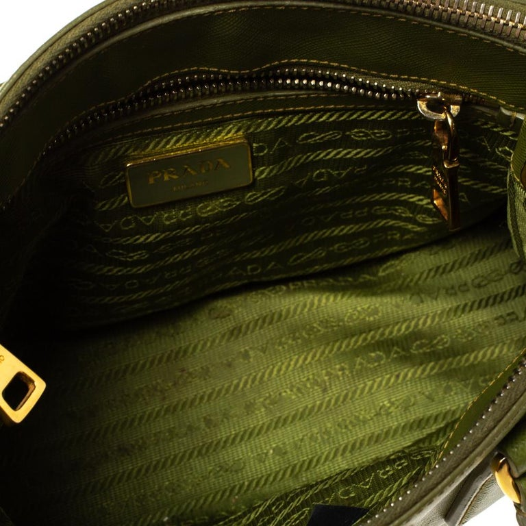 Prada Olive Green Saffiano Lux Leather Small Double Zip Tote For Sale 1