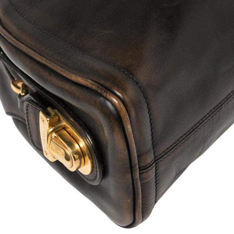 Prada Ombre Black Vitello Vintage Leather Large Dome Clutch For Sale 6