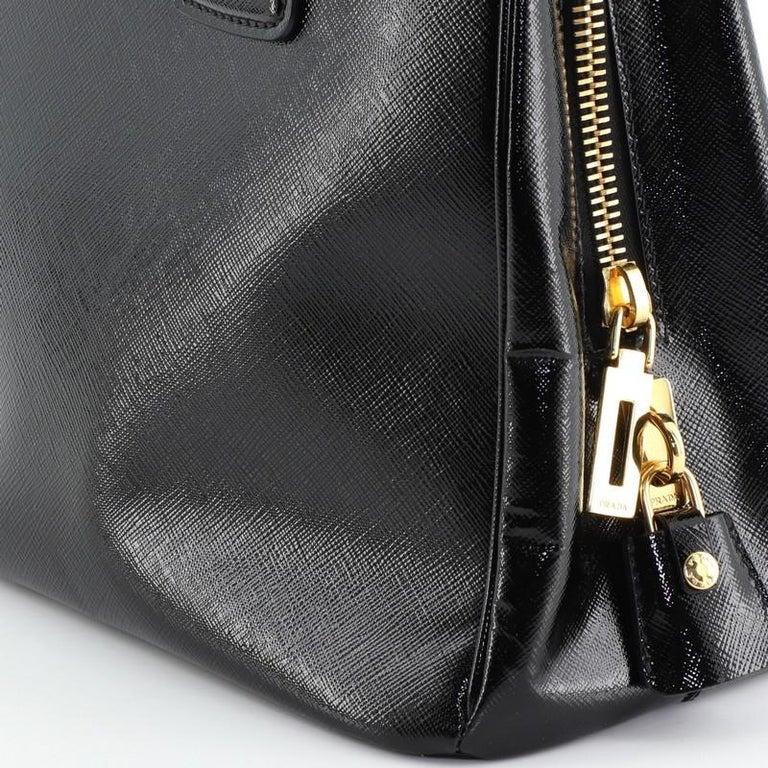 Prada Parabole Tote Vernice Saffiano Leather Medium For Sale 3