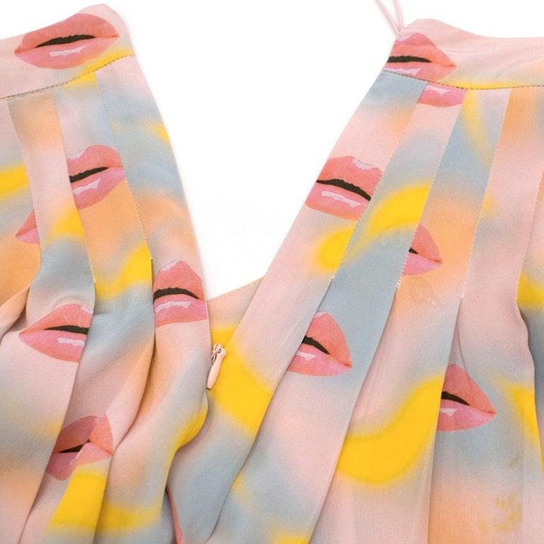Prada Pastel Lip Print Pleated Skirt XXS 38 For Sale 1